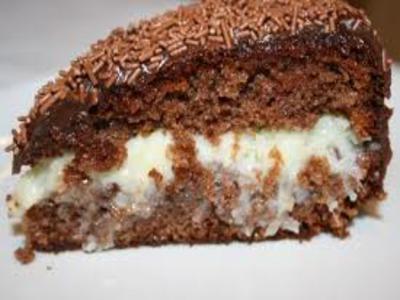 Receita de bolo de chocolate recheado