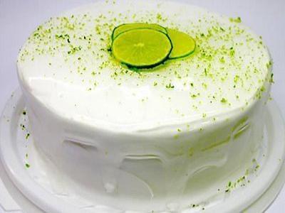 Receita de bolo de limão com cobertura