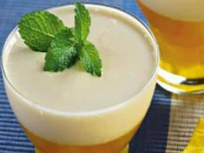 receita de gelatina de abacaxi e brigadeiro branco