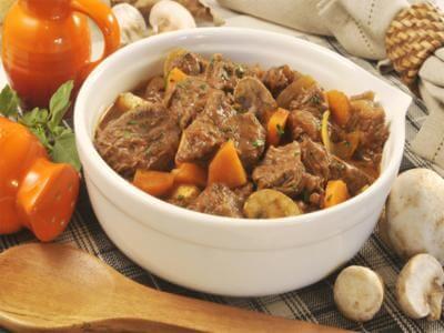 receita de ensopado de carne e cenoura