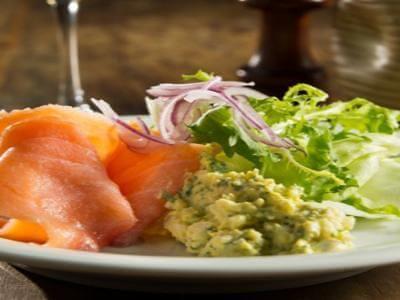 receita de salada de salmão