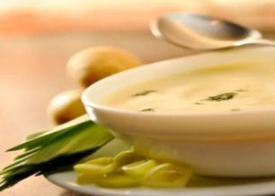 Receita de sopa de batata com alho poró