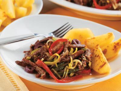 Receita de carne de panela desfiada com legumes