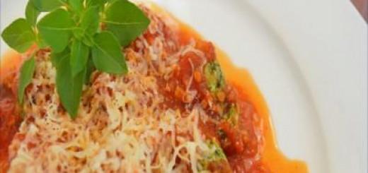 Nhoque-de-ricota-com-molho-de-tomate