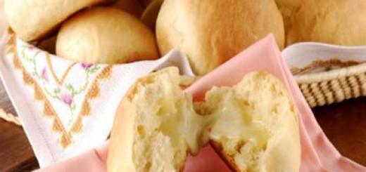 Paozinho-de-mandioquinha-com-queijo