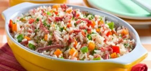 arroz-de-panela-de-pressao-com-carne-seca