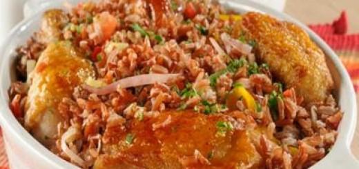 Galinhada-com-arroz-vermelho-e-creme-de-feijao-branco