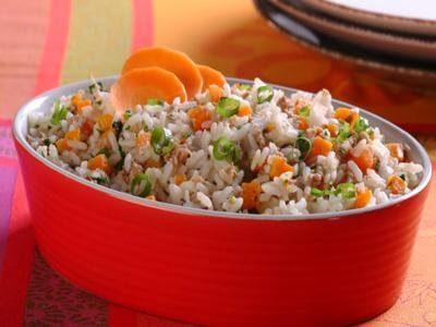 Receita de arroz econômico na pressão