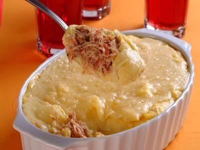 Escondidinho de frango, mandioquinha e queijo