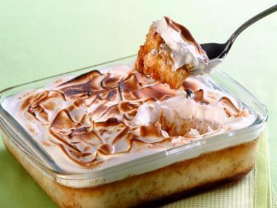 Receita de flã de tapioca com merengue
