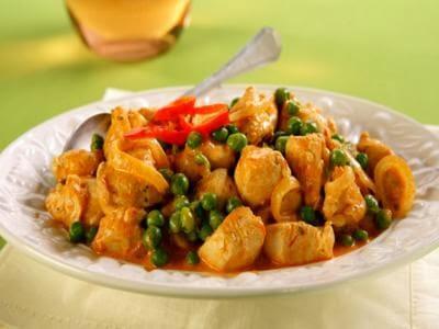 Receita de frango com ervilha e molho apimentado