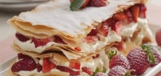 torta-mil-folhas-de-morango