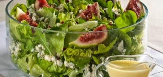 salada-de-folhas-verdes-com-figo-e-queijo