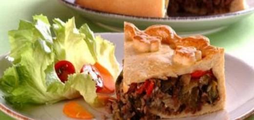 torta-de-carne-mo-C3-ADda-e-escarola