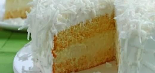 bolo-cremoso-de-coco