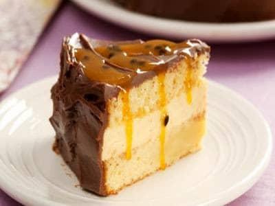 Receita de bolo de chocolate e musse de maracujá