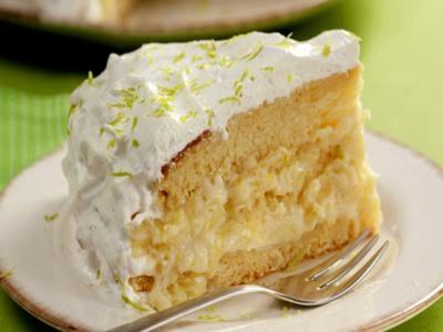 Receita de bolo geladinho de abacaxi e limão