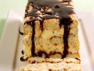 Pavê de sorvete de creme de chocolate