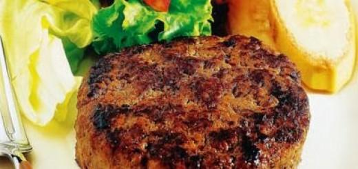 bife-de-carne-moida-com-molho-ao-sugo