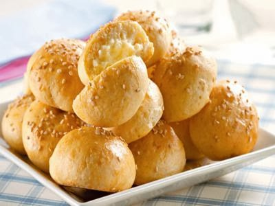 Receita de pão de batata com requeijão