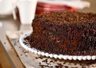 Receita de bolo brigadeiro simples