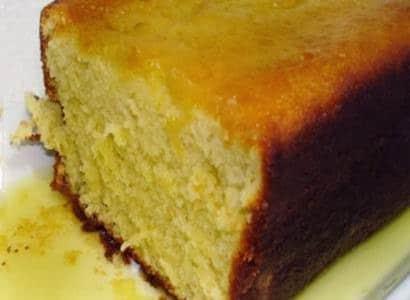 Receita de bolo de fubá com calda de laranja
