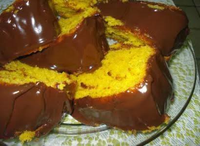 Receita de bolo tradicional de cenoura