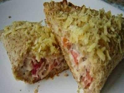 Pastelzinho-pizza de pão