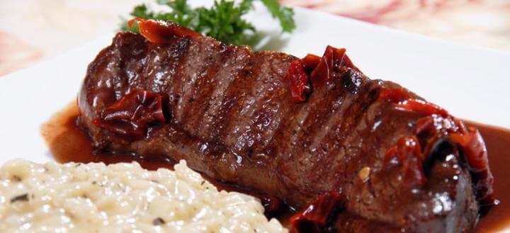 Molho de pimentão para carnes