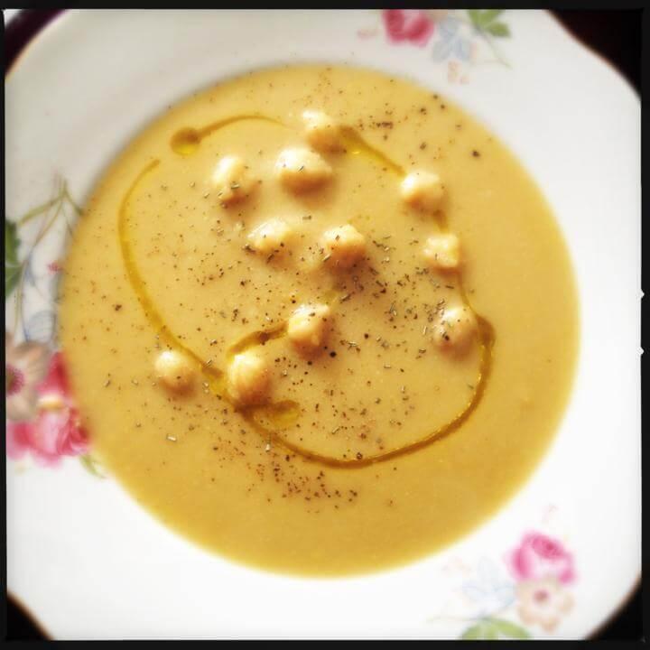 Receita de sopa de grão de bico no microondas