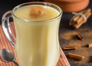 Como fazer leite condensado de leite em pó